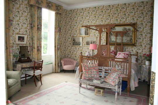 Foxglove Room before resotration